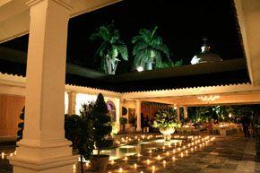 Las ma anitas hotel cuernavaca for Villas xavier morelos