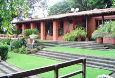 Quinta el capricho cuernavaca morelos for Villas xavier morelos