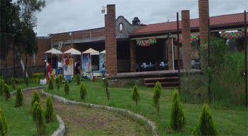 Salones de eventos finca las hortensias michoac n for Salon jardin villa charra toluca